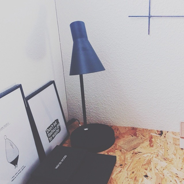 netto-sort-lampe