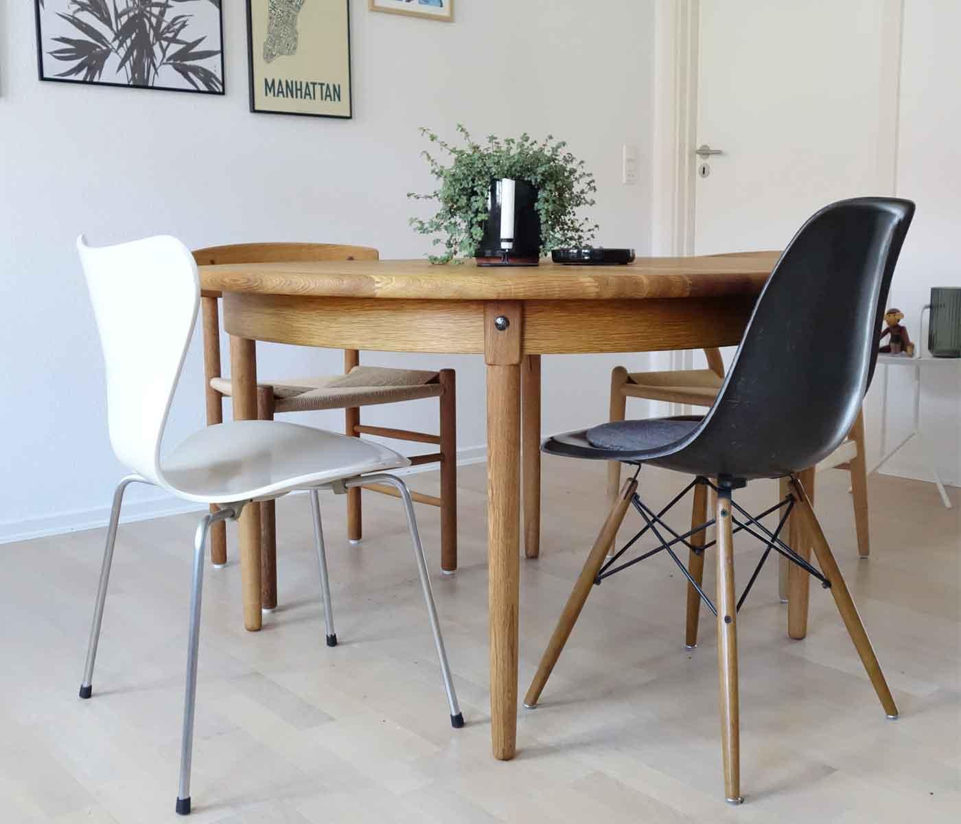 ovalt bord grå